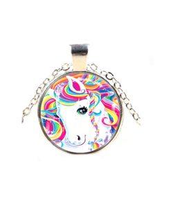 Cabochon ketting met eenhoorn in regenboog kleuren, zilverkleur