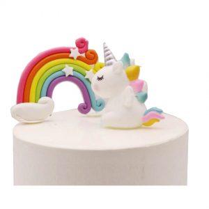 Eenhoorn taart maken met regenboog